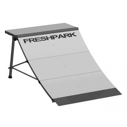 freshpark quarter pipe rampen skatepro. Black Bedroom Furniture Sets. Home Design Ideas